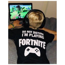 t shirt tee barntröja fortnite rolig text present barn fortnite